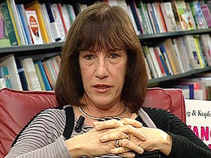 """""""Più libri Più liberi"""": l'assessore Lidia Ravera incontra gli scrittori"""